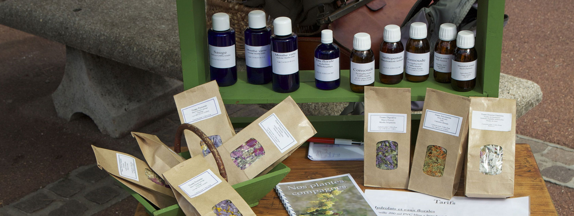 Tisanes, hydrolats, eaux florales, huiles de massage de l'herbaliste des Epilobes